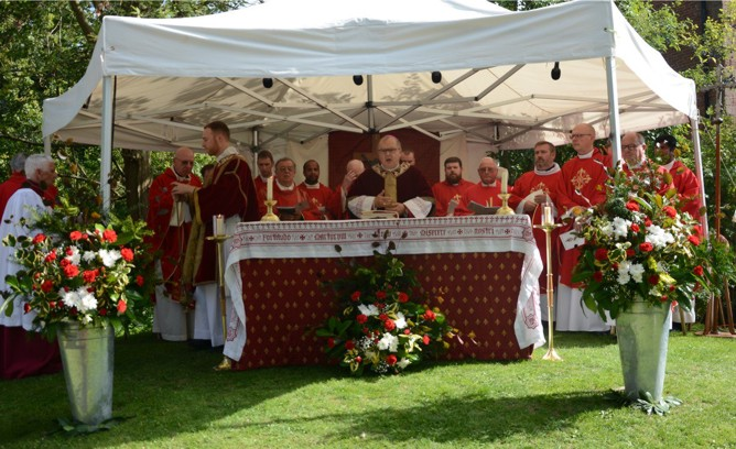 Mass in the garden at Harvington Hall