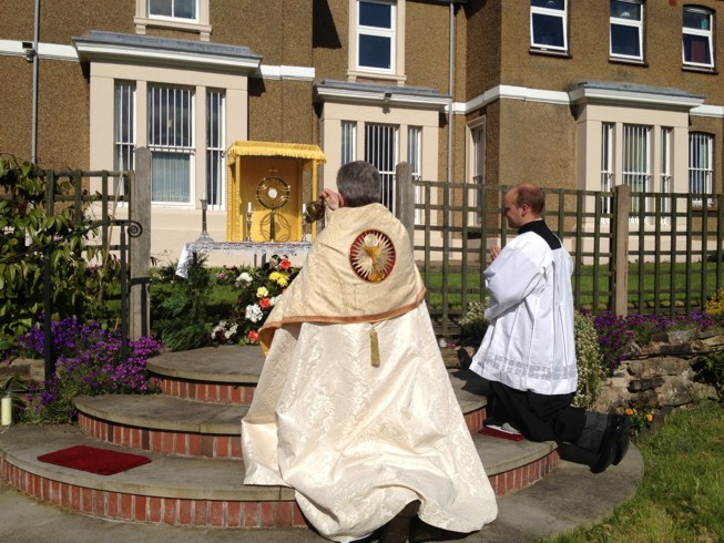 Incensing of the Blessed Sacrament