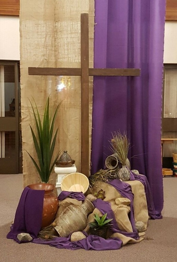 Lent arrangement with hangings