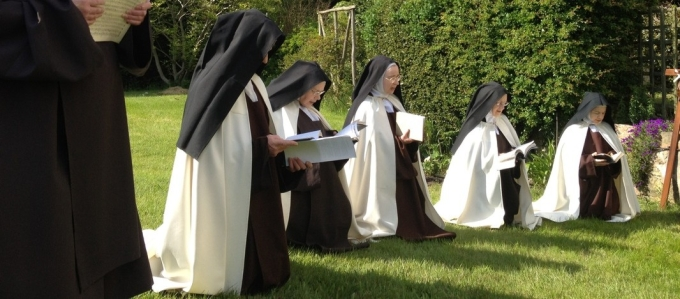 Corpus Christi Benediction in garden after procession
